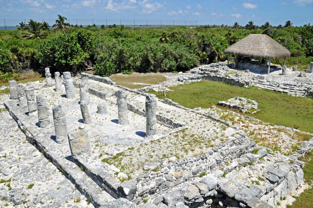 Mayan ruins of El Rey