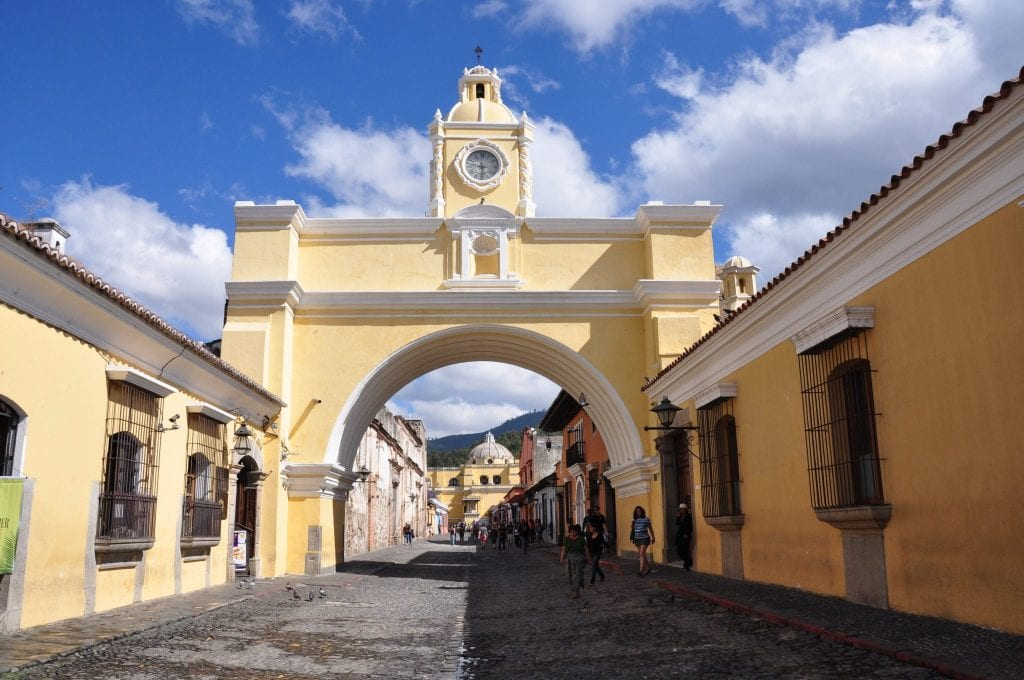 Arco-de-Santa-Catalina-Antigua-Guatemala-1024x680